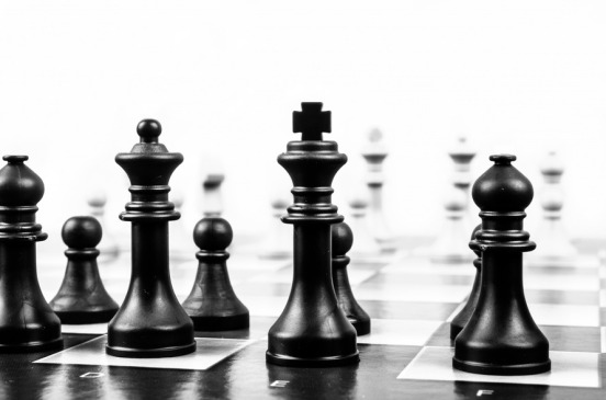 chess-strategy-chess-board-leadership-40796-large_jpeg